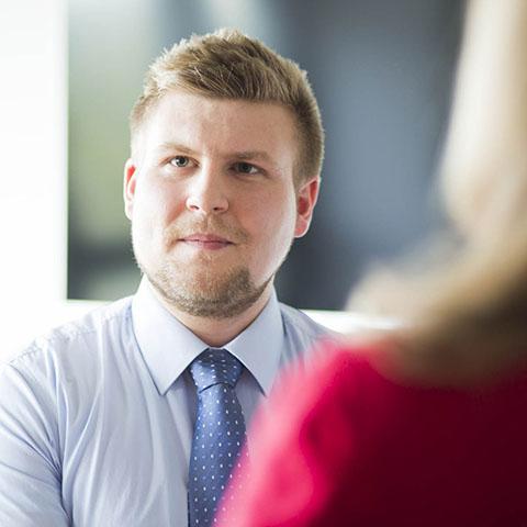 Jonas Opitz | Steuerassistent / Private Equity der Kanzlei LMAT