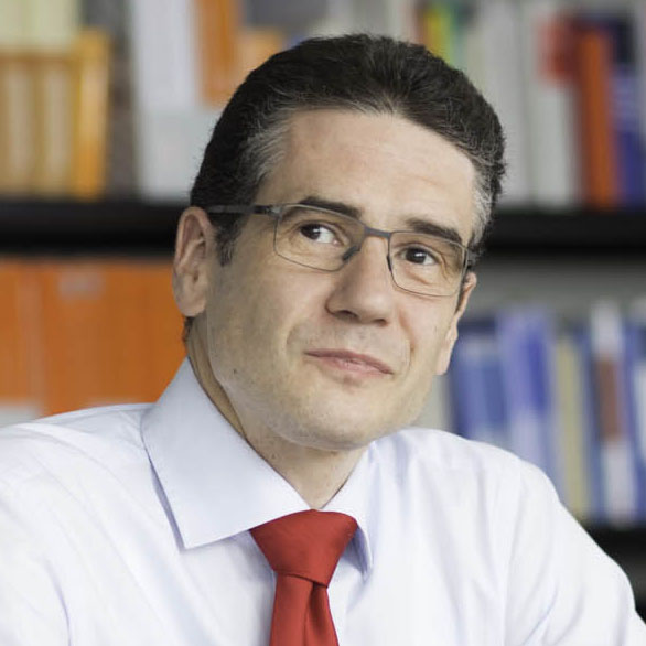 Bernd Freutel | Partner der Kanzlei LMAT