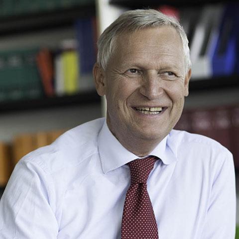 Michael Müller | Partner der Kanzlei LMAT